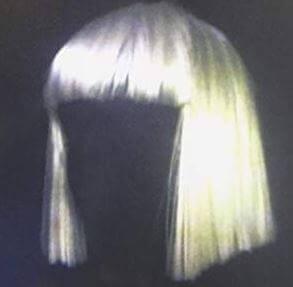 シーア(SIA )顔を見せない美しい歌声のオススメ歌手